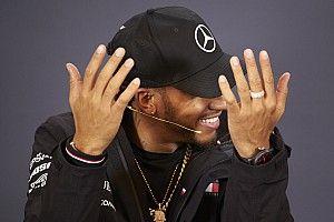 «Они медленнее, чем Формула Ford». Хэмилтон объяснил, почему Формулу Е нельзя сравнивать с Ф1