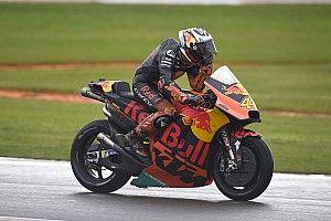 後輩たちの活躍が重圧に……KTM初表彰台に男泣きのエスパルガロ