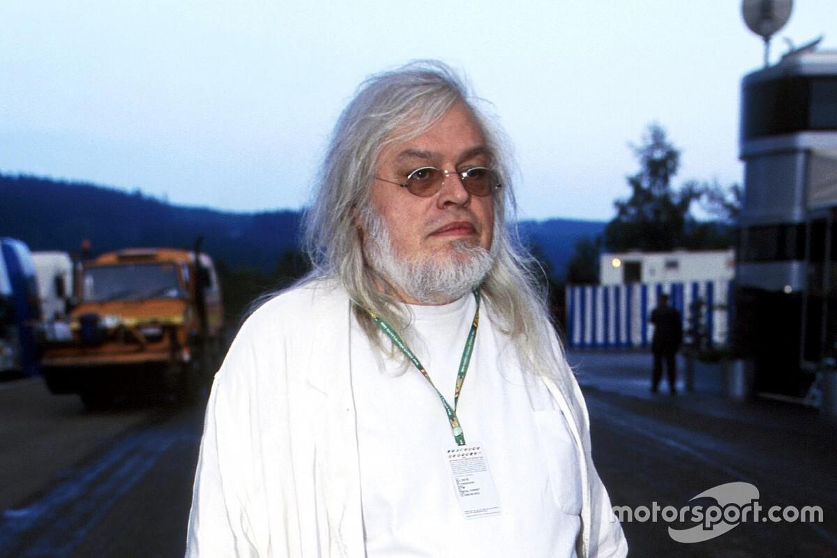 F1の奇妙なスポンサー2:怪しすぎるオーナーの下、チームは活躍「マネートロン」