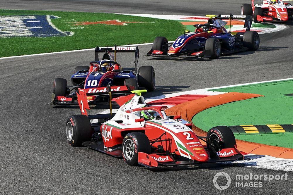 Monza F3: Vesti, ilk yarışta Pourchaire'nin önünde kazandı