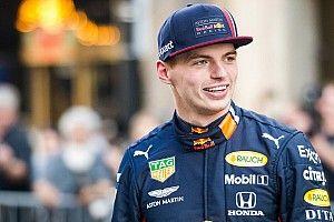Max Verstappen rinnova con Red Bull fino alla fine del 2023