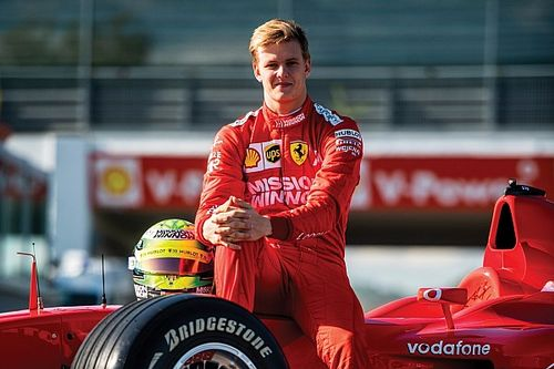 "Ferrari ""pretty sure"" Schumacher will be F1 seat contender"