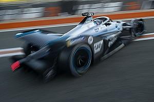 Не будет ли Porsche лузером? Не переругаются ли чемпионы? 5 интриг нового сезона Формулы Е