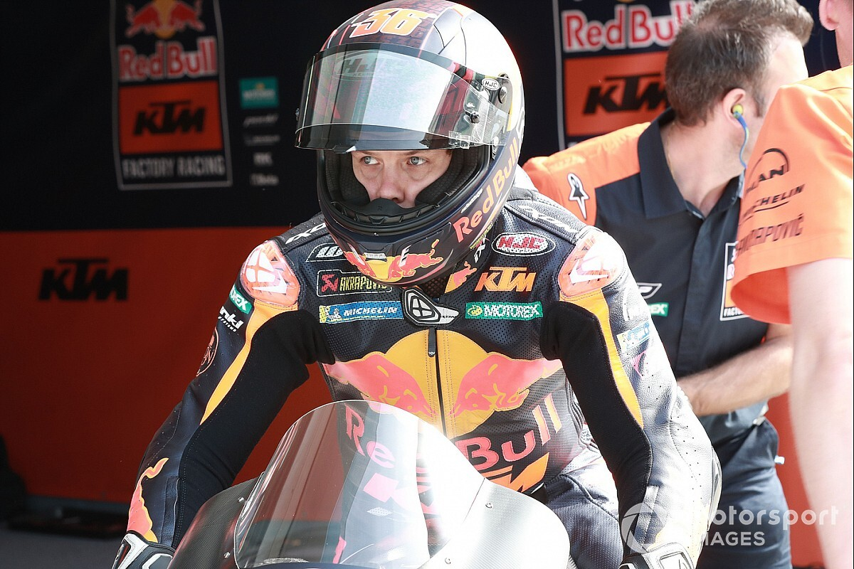 Kallio replaces Lecuona for MotoGP's Portugal finale