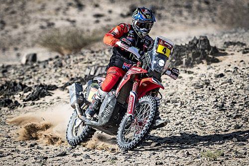 Nacho Cornejo, nuevo líder del Dakar 2021; Benavides cede tiempo