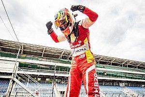 Diego Ramos conquista o título da Copa Shell HB20 com segundo lugar em Interlagos