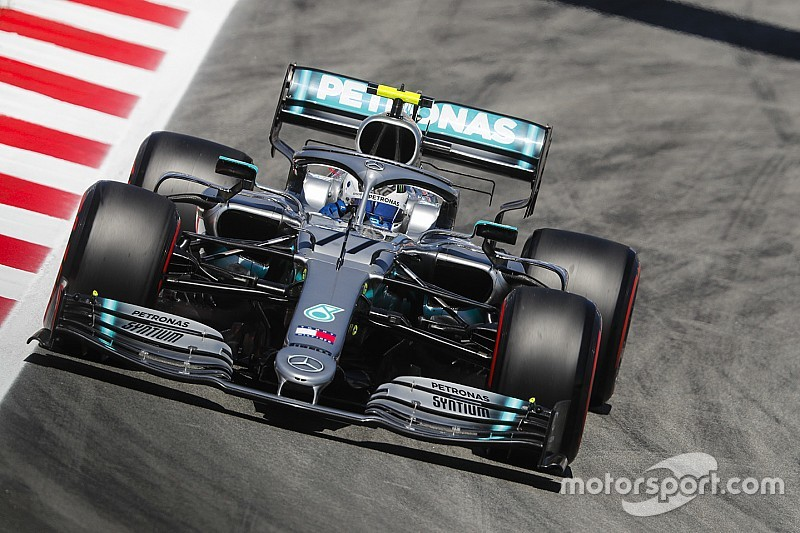 Bottas przed Ferrari, progresja Williamsa