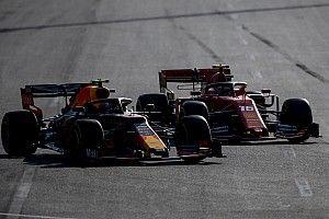 Videón, hogy Leclerc beakasztja a húskampót Bakuban: hello és viszlát?!