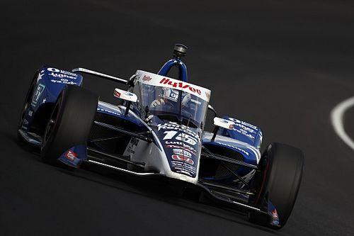 Indy: Rahal vai ao muro com força logo após sair dos boxes nas 500 Milhas