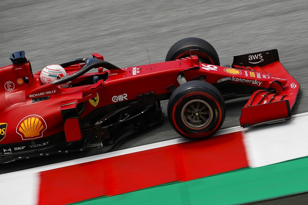"""Leclerc: """"Yarış için sıralama performansından biraz ödün verdik"""""""