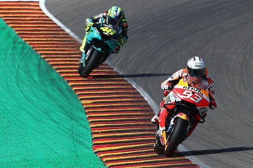 Valentino Rossi Butuh Tiga Dekade untuk Berdamai dengan Marquez