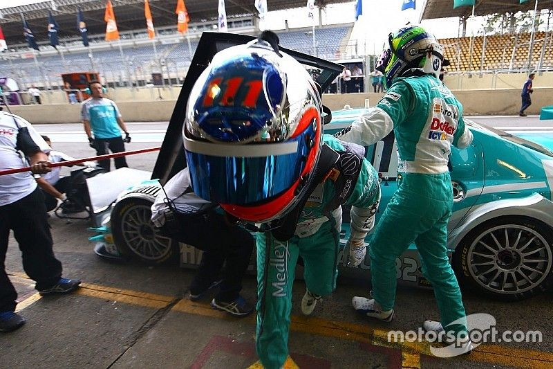 Barrichello e Farfus refazem dupla de 2014 na Stock Car