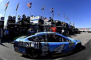 Harvick and Earnhardt Jr. lead Saturday morning practice at Dover