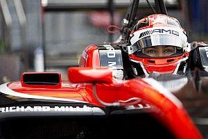 GP3 Spa: Russell grijpt pole op opdrogende baan