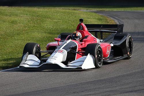 Circuit-aerokit nieuwe IndyCar voor het eerst in actie