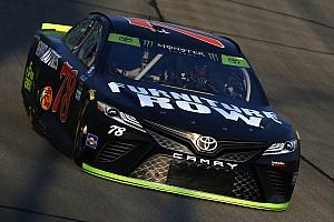 NASCAR Cup Relato da corrida Truex começa fase final com vitória em Chicagoland