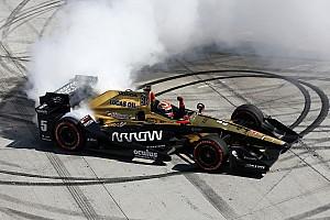 IndyCar Raceverslag Hinchcliffe pakt gedroomde zege in Long Beach