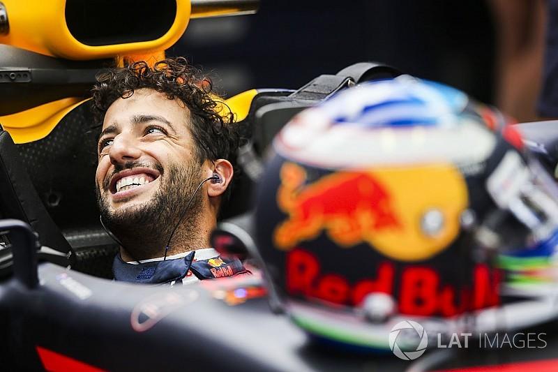 Ricciardo si ispira a Valentino Rossi nel confronto con Verstappen
