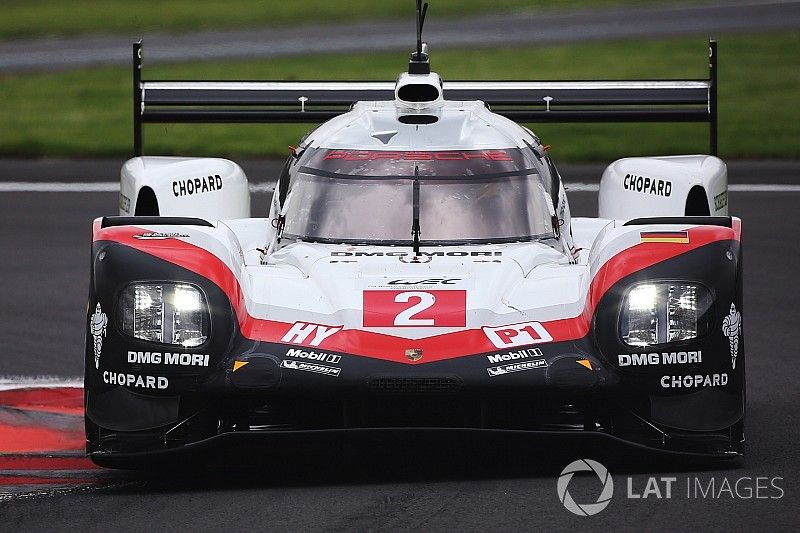 Mexico WEC: Porsche locks out front row, Ferrari on top in GT