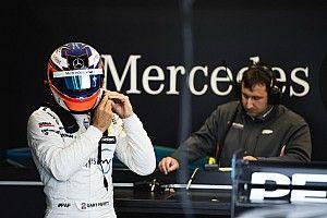 DTM Nürburgring: Mercedes-duo Paffett en Di Resta aan kop in drijfnatte training
