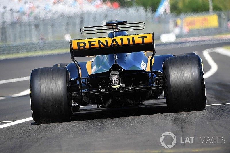 """Renault admits it changed """"too much"""" with 2017 engine"""