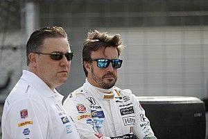 """McLaren: """"Nincs helyünk Alonsónak, de támogatjuk a visszatérését"""""""