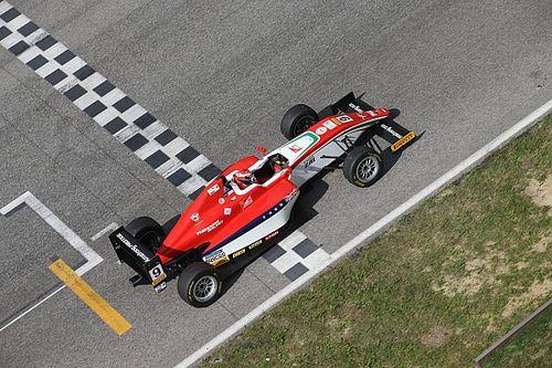 Marcus Armstrong si aggiudica la seconda gara del Mugello