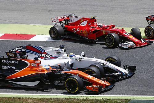 """Verstappen na incident in eerste bocht in GP van Spanje: """"Pech"""""""