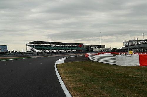 """F1 drivers """"not prepared"""" for faster Silverstone - Hamilton"""