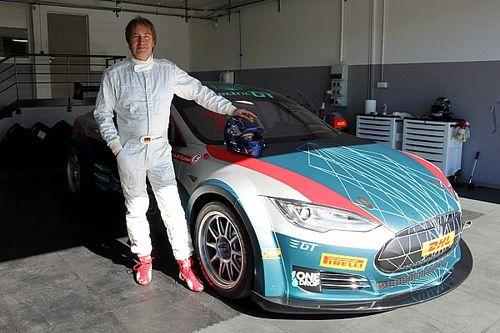 """Così Frentzen ha """"approvato"""" la nuova Tesla da corsa!"""