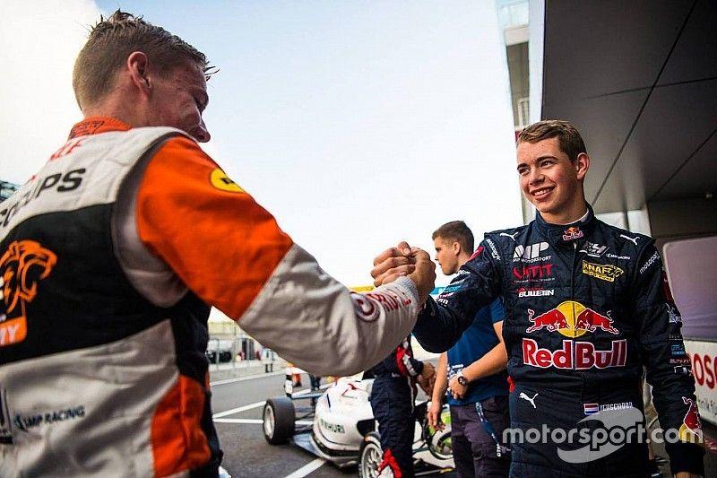 """MP Motorsport-trio op jacht naar titel: """"We vechten het onderling wel uit"""""""