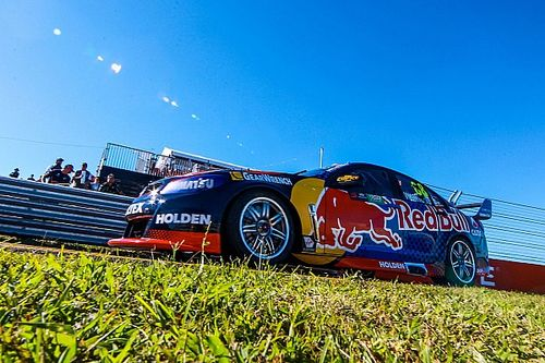 Townsville Supercars: Whincup storms to Saturday pole