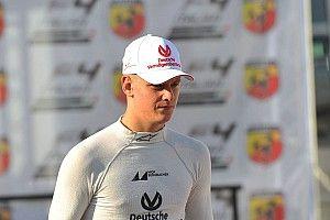 Mick Schumacher egy 8. hellyel mutatkozott be az F3-ban!