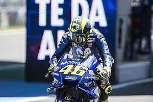"""Rossi: """"El problema es que estamos contentos de terminar quintos"""""""