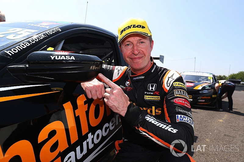 Snetterton BTCC: Neal scores 63rd win in Diamond Double race