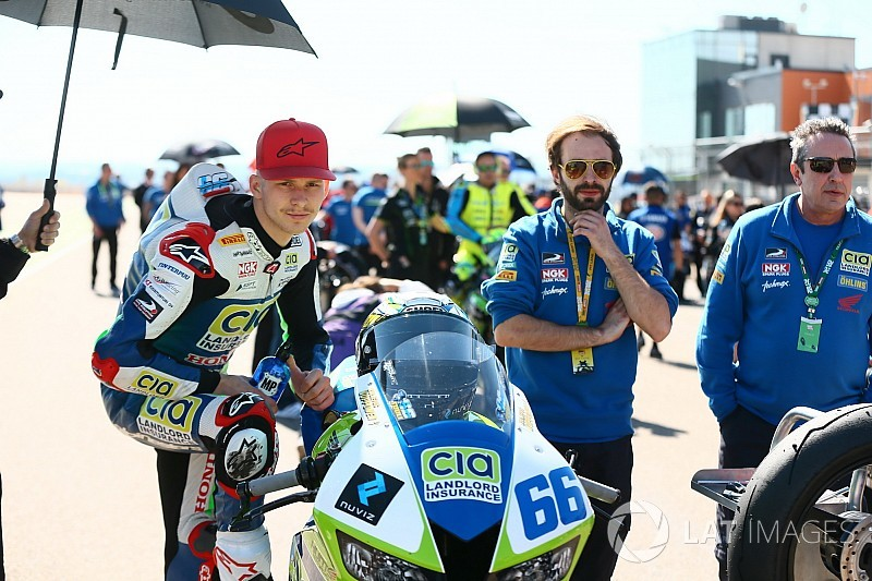 Niki Tuuli da el salto a Moto2 de la mano del SIC Racing