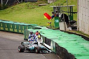 """هاميلتون سيبدأ سباق البرازيل من خطّ الحظائر بعد الحادث """"المفاجئ"""""""