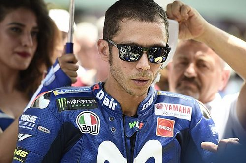 """Rossi: """"Não é justo assinar contrato após três corridas"""""""
