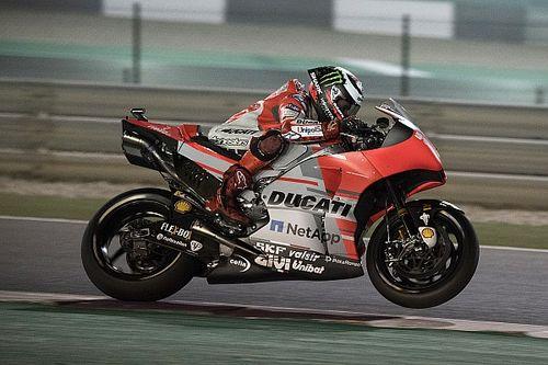 """Lorenzo: """"Mi sono buttato dalla moto per non sbattere contro il muro"""""""