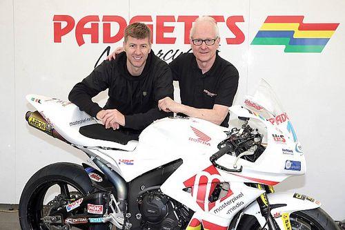 Hutchinson al TT sulla moto di Bruce Anstey