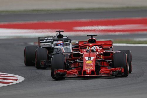 """Vettel: """"Komisch dat F1 steeds aerodynamische regels verandert"""""""