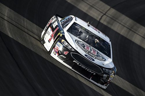 NASCAR hits Harvick with L1 penalty for rear window issue