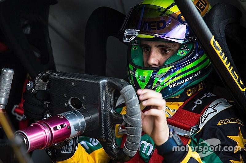 Massa tem primeiro contato com carro da Stock Car