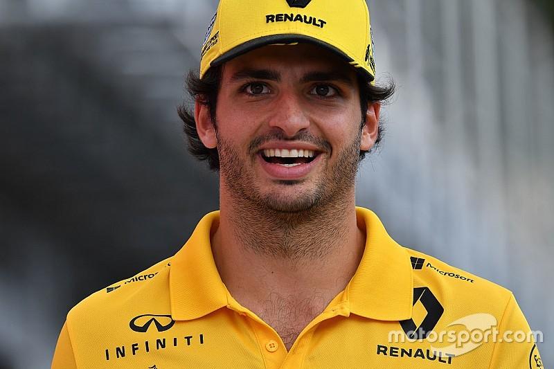 McLaren подтвердила контракт с Сайнсом