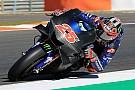 Viñales snelste op eerste testdag Valencia, Rossi crasht