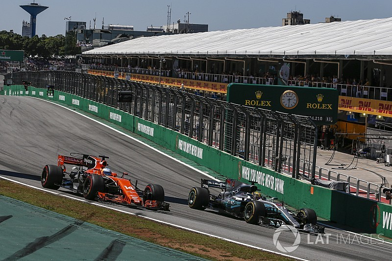 """Mercedes considera """"sérias"""" ameaças de McLaren e Renault"""