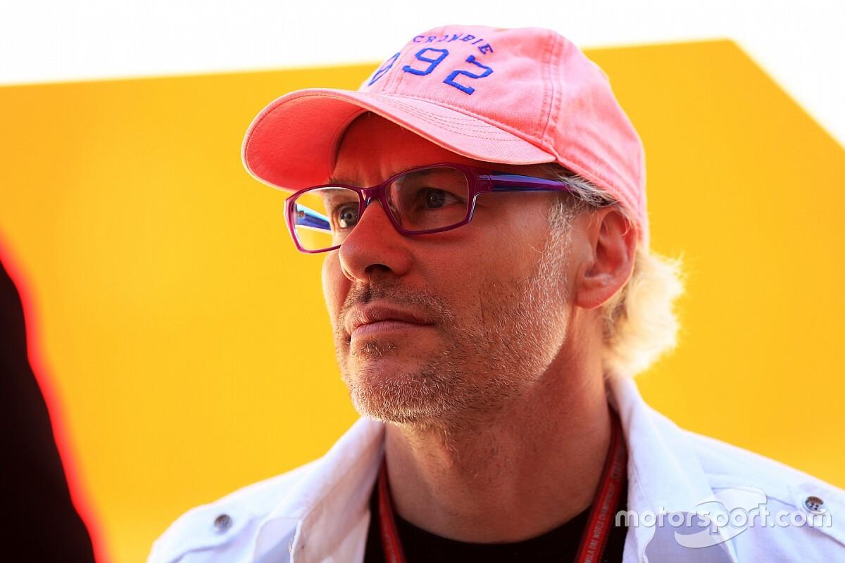 "F1: ""Hamilton conseguiu impor penalidade a Vettel"", diz Villeneuve"