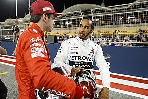 Хэмилтон выиграл в Бахрейне после неполадок с мотором у Леклера