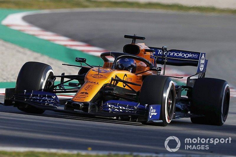 Sainz: McLaren, ilk günün ardından gurur duymalı