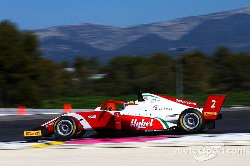 Enzo Fittipaldi sobe ao pódio com sobrinho de Michael Schumacher